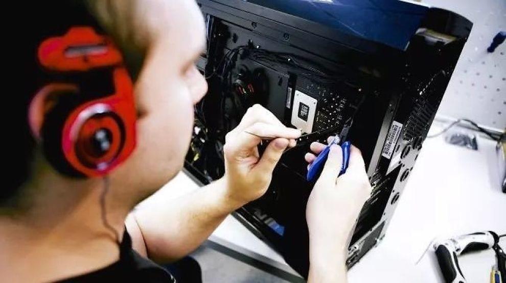 Komplett skreddersydde PCer