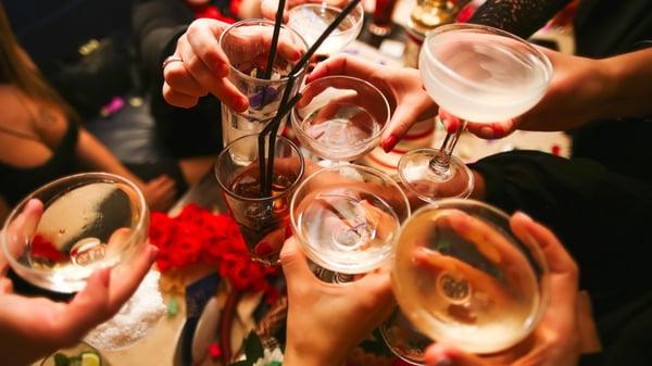 alkohol på fest