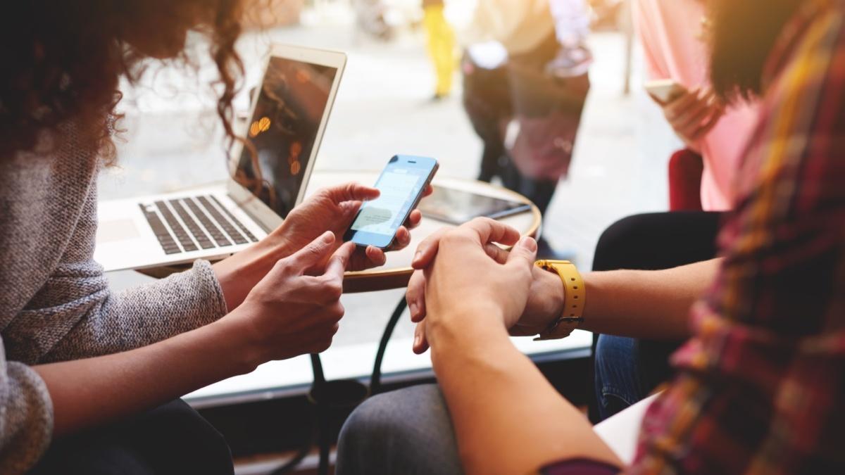 kobler du deg ukritisk til åpne wifi-nettverk?